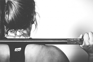 WEIGHTLIFTING-FOR-WOMEN-EP.-5–HOW-TO-LIFT-THE-BAR-CORRECTLY